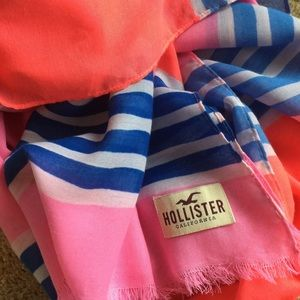 HOLLISTER Striped Woven Scarf